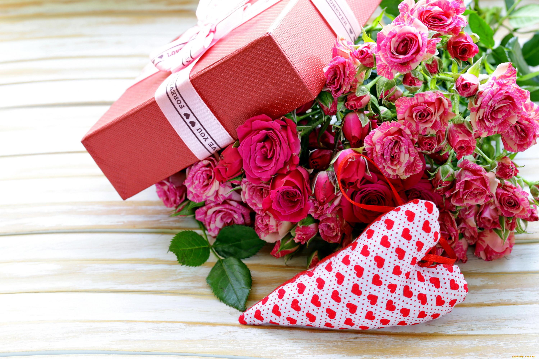 фото цветов для подарка на день рождения дизайнер открыл первый